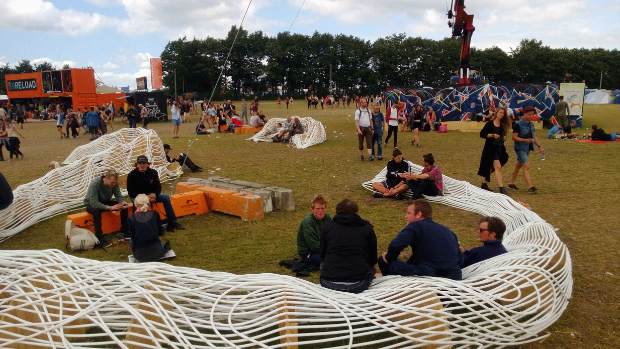 Seating installations at BUILD WHAT HERE Roskilde Festival 2013