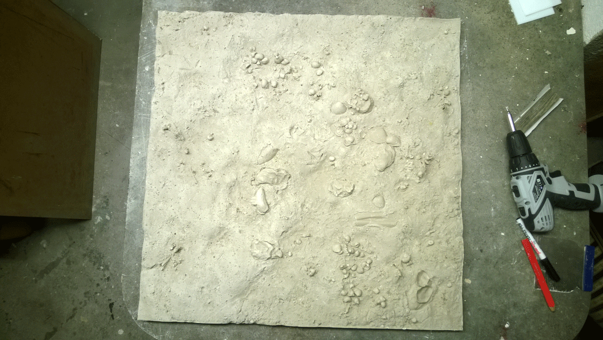 Master pattern of ocean floor in gypsum plaster